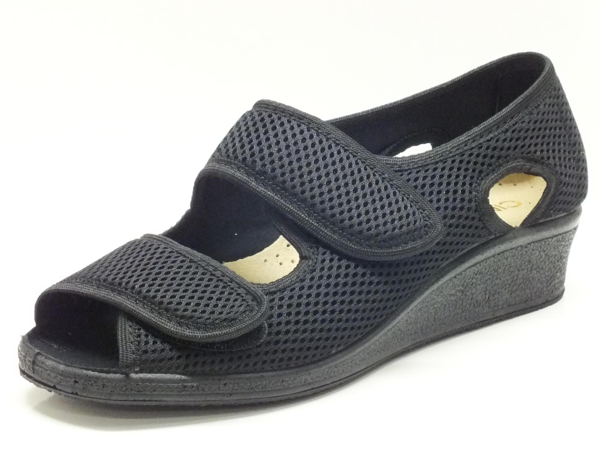 Scarpe Cinzia Soft indicate esigenze di calzata comoda - Vitiello ... f4762ea2523