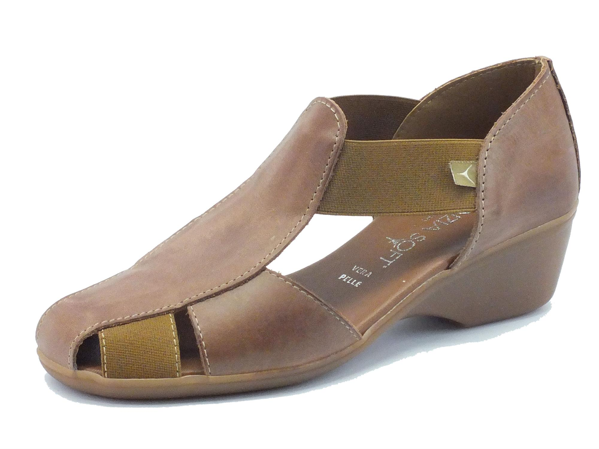 Mocassini per donna Cinzia Soft in pelle marrone zeppa 4cm