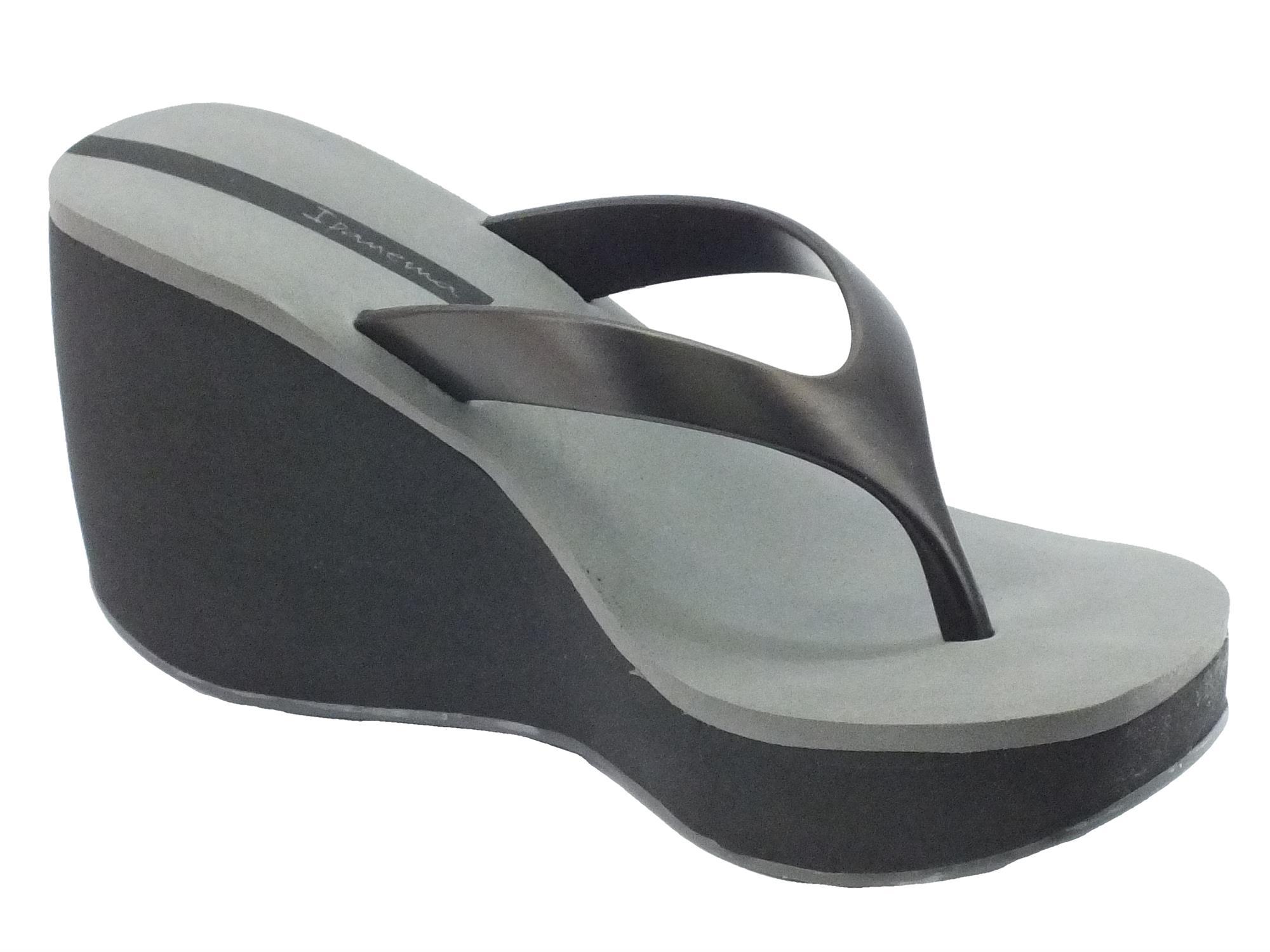 comprare moda di lusso servizio duraturo Infradito Ipanema Thong per donna in caucciù nero e grigio zeppa alta
