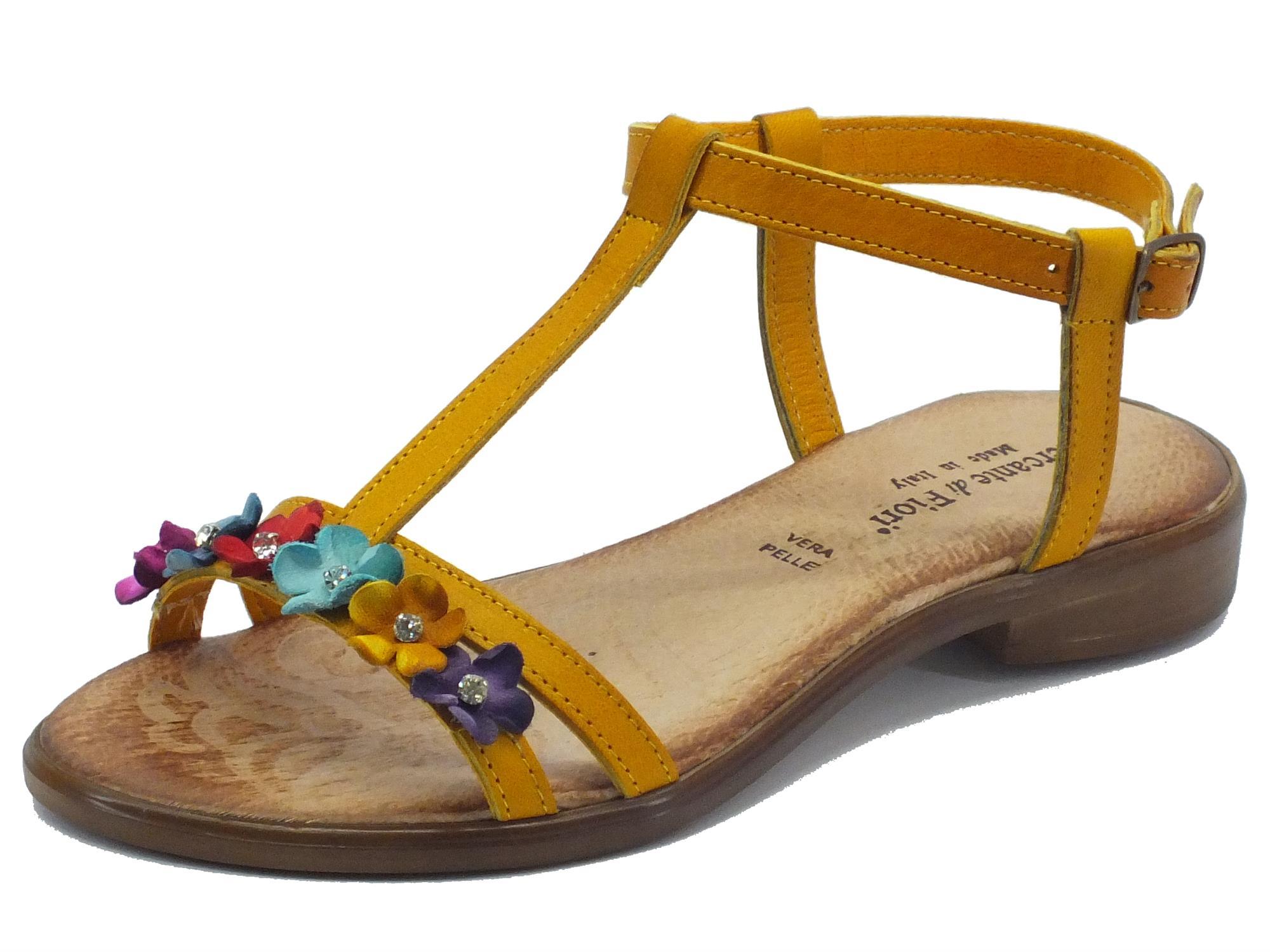 Sandali Mercante di Fiori pelle ocra fiori multicolore - Vitiello ... 69c2be24261