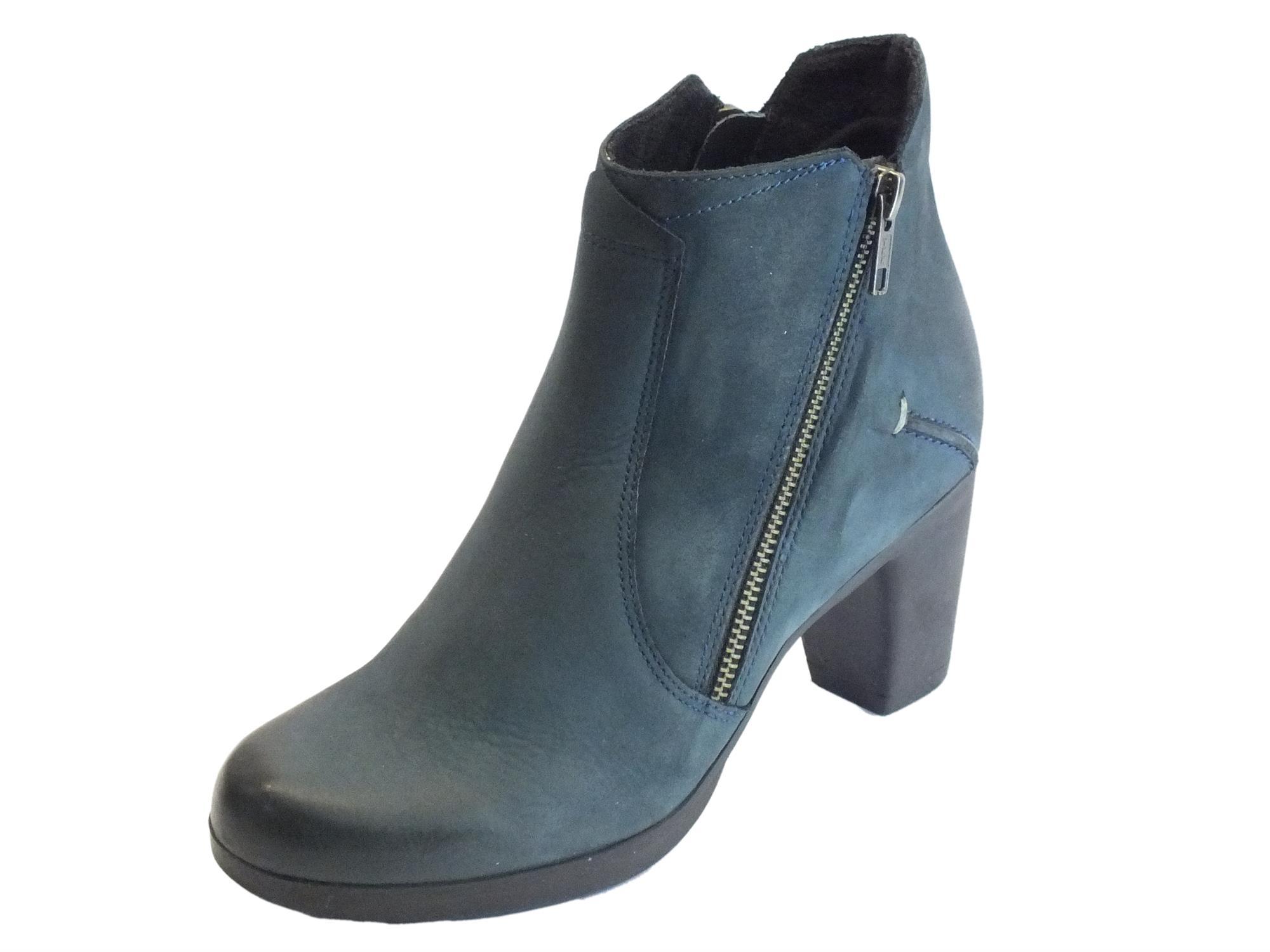 Tronchetti Cinzia Soft pelle spazzolata blu tacco medio - Vitiello ... 168749c3aeb