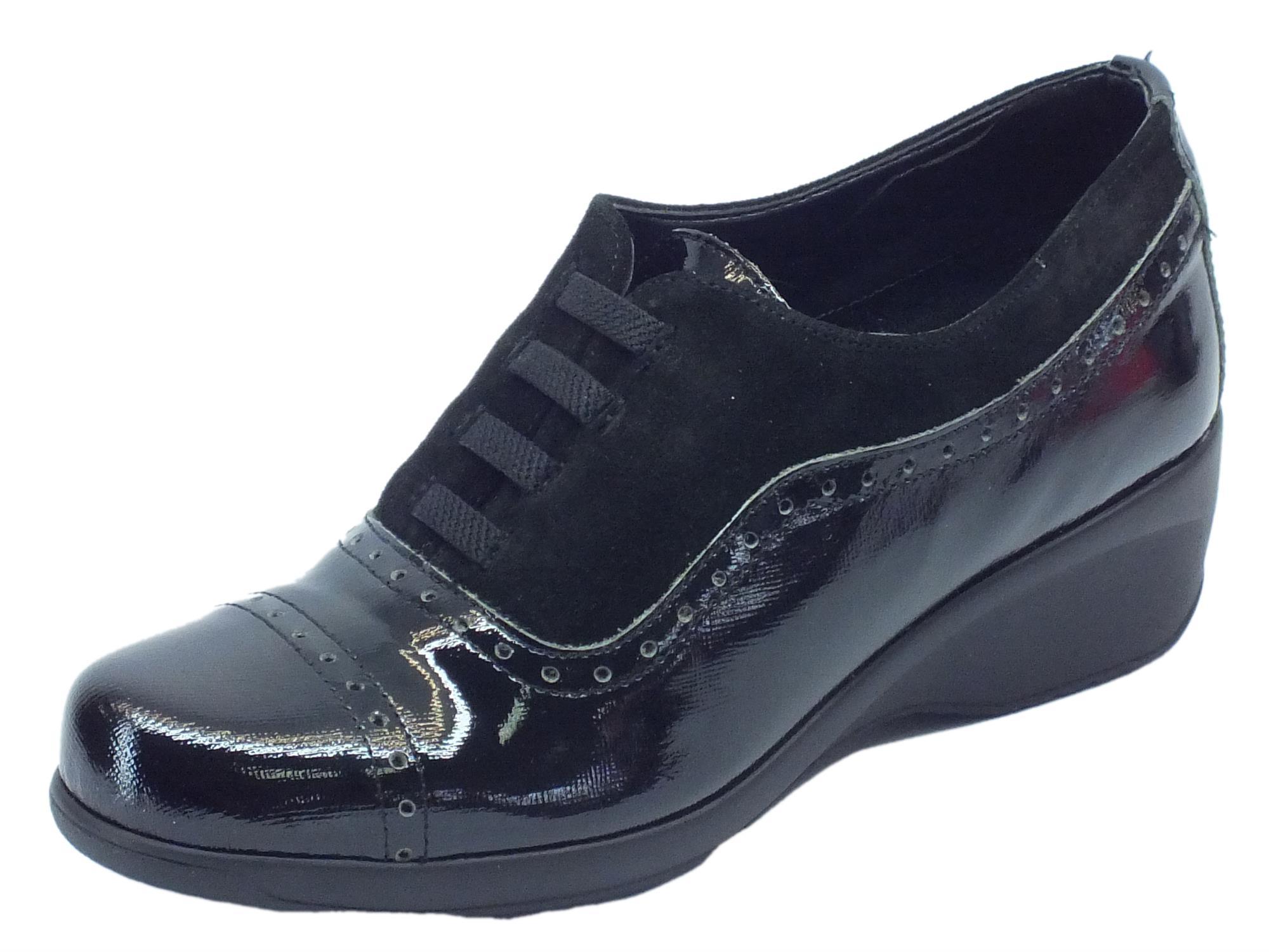 Mocassini Cinzia Soft per donna in camoscio nero e pelle nera saffiano 65c2f86569c