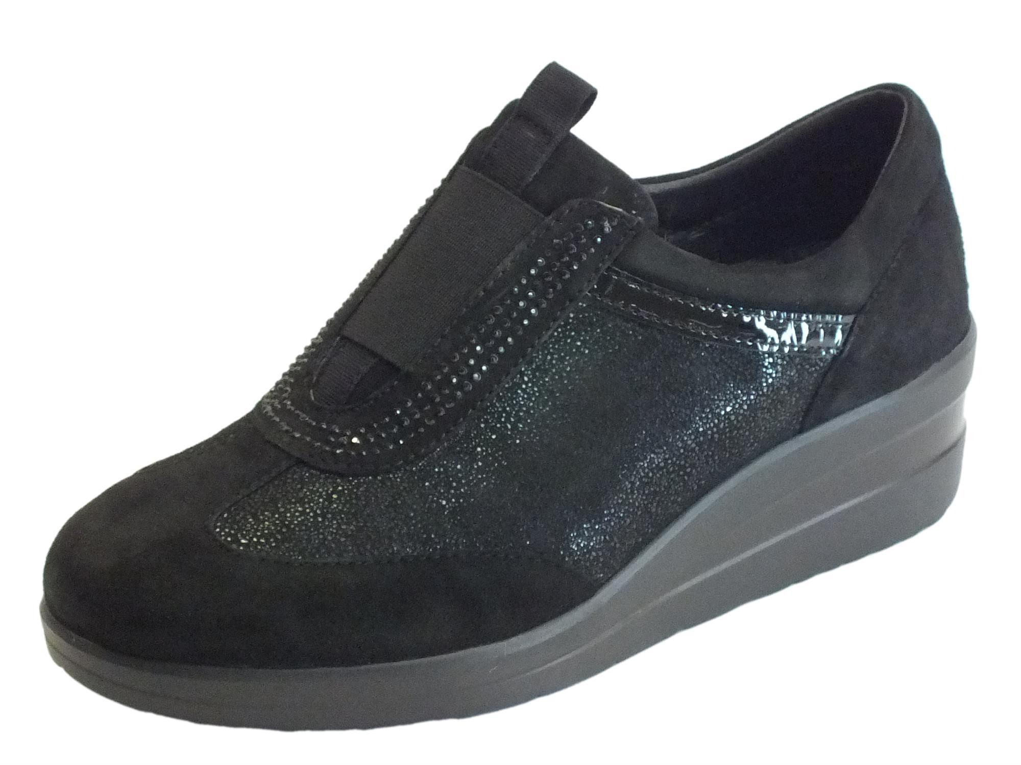 Sneakers Cinzia Soft confort camoscio nero senza lacci - Vitiello ... 5e10dea0c14
