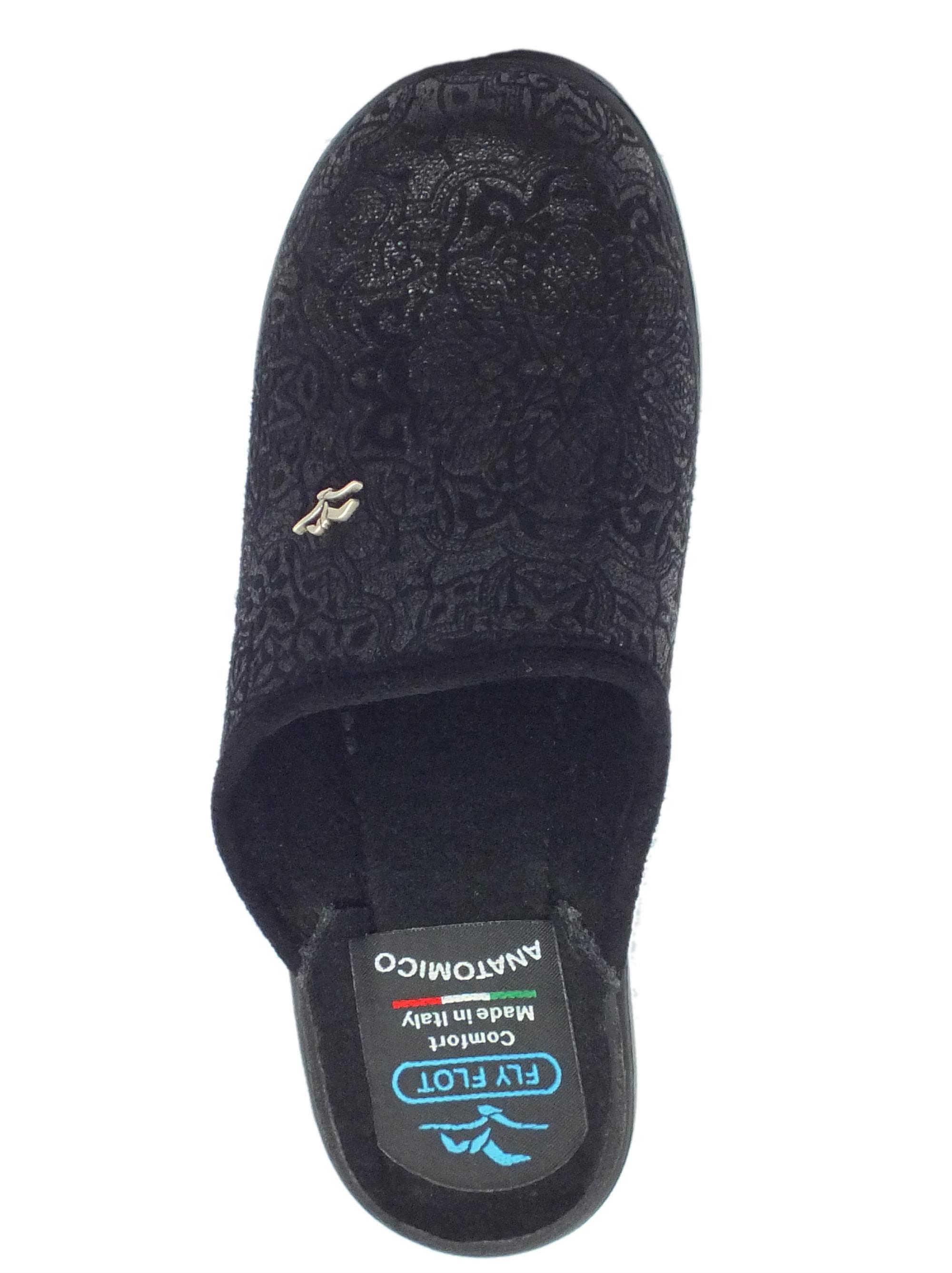 ... Pantofole Fly Flot per donna in tessuto nero con decorazione satinata 9d62e09396a
