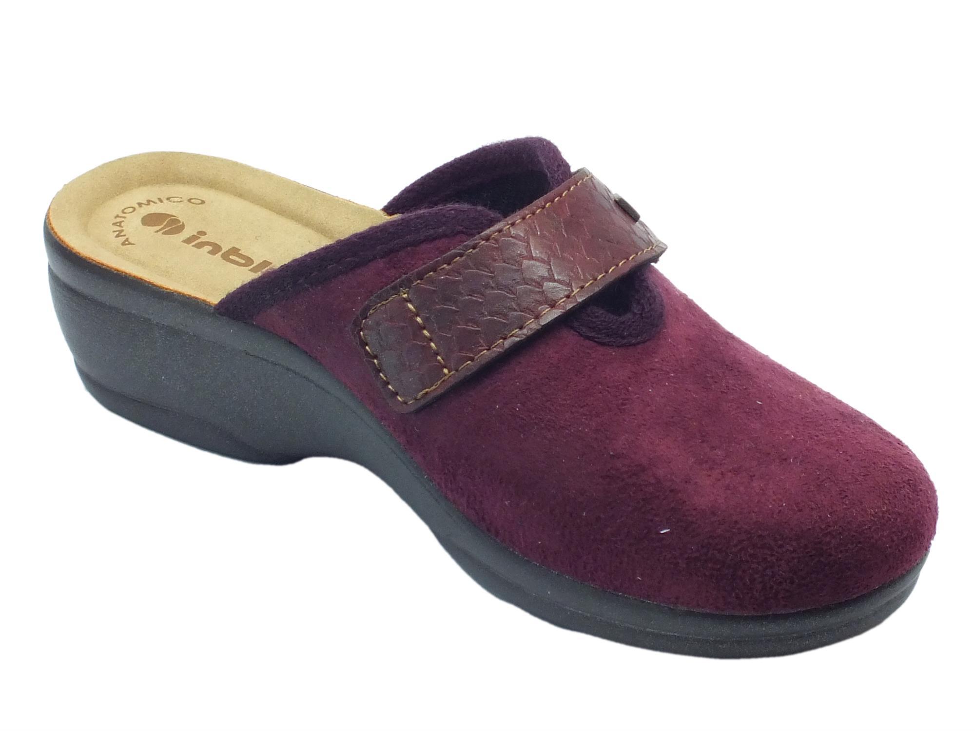 ... Pantofole InBlu per donna in tessuto prugna con chiusura a strappo ... d5fd3018fae