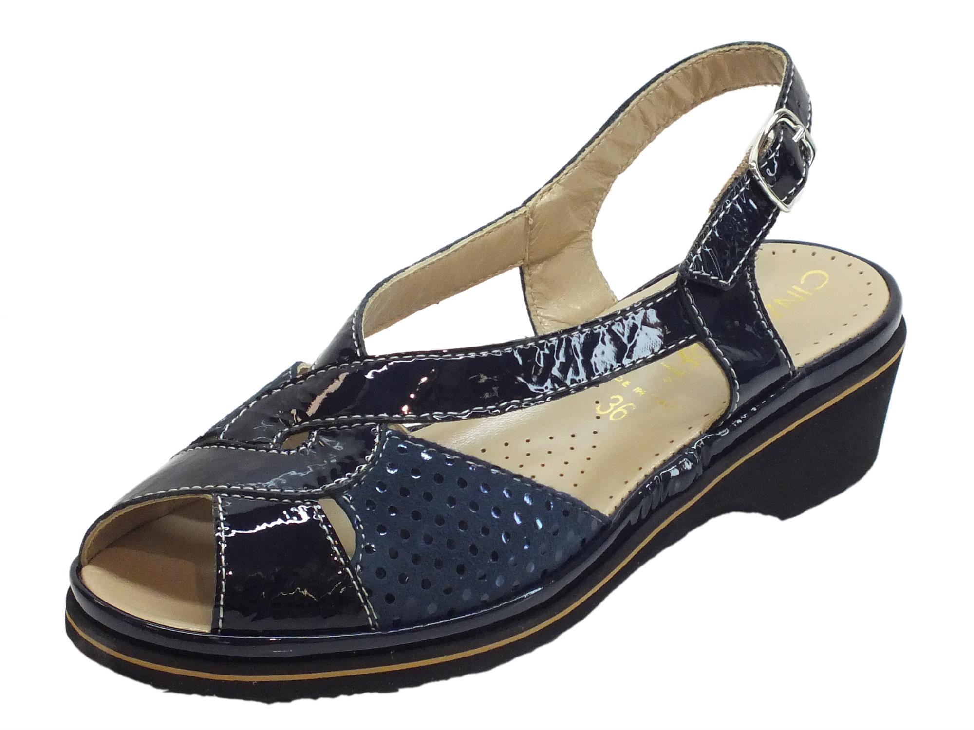 Sandalo blu Cinzia Soft camoscio vernice a pois blu Sandalo zeppa bassa   e0a194