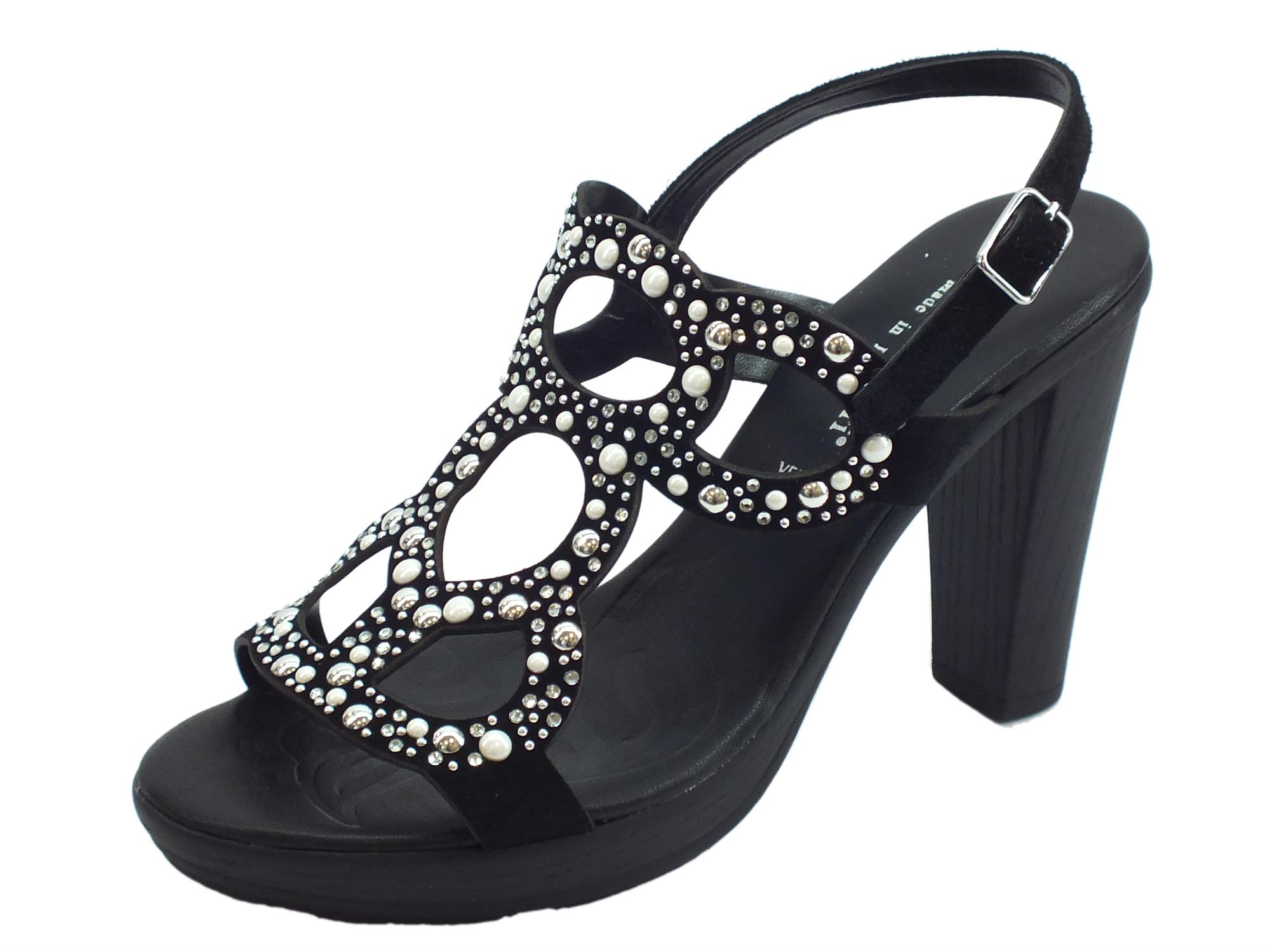 e9958e265 Sandali eleganti Mercante di Fiori in camoscio nero strass e borchiette bianche  tacco alto