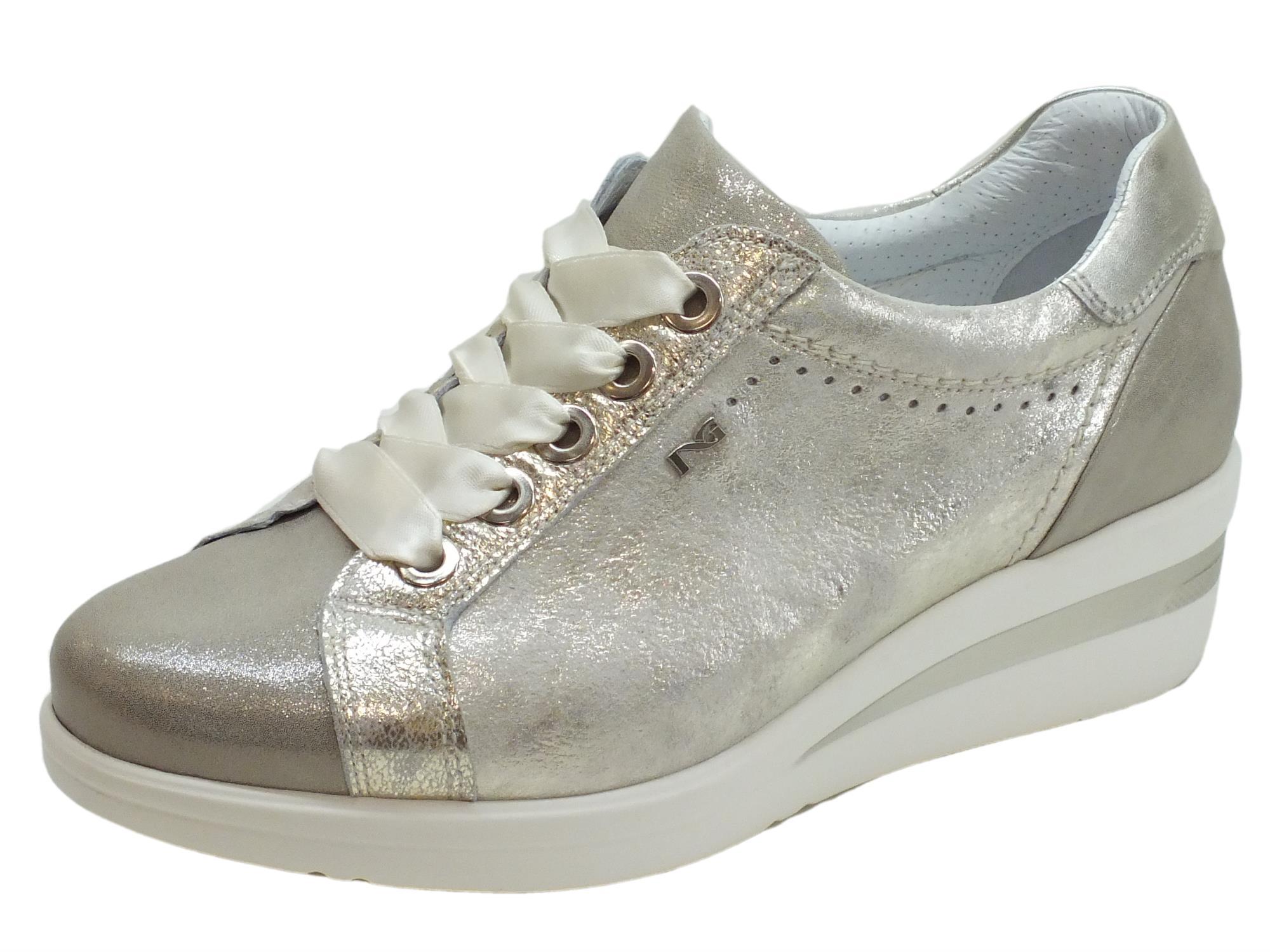 Sneakers NeroGiardini per donna in pelle champagne e pelle argento