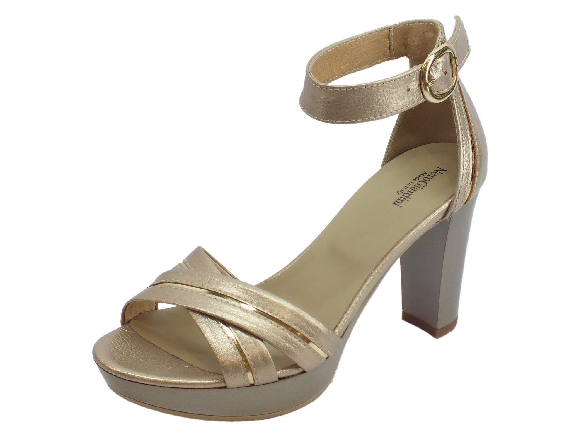 Sandali donna NeroGiardini in pelle platino dettagli oro tacco alto e plateau