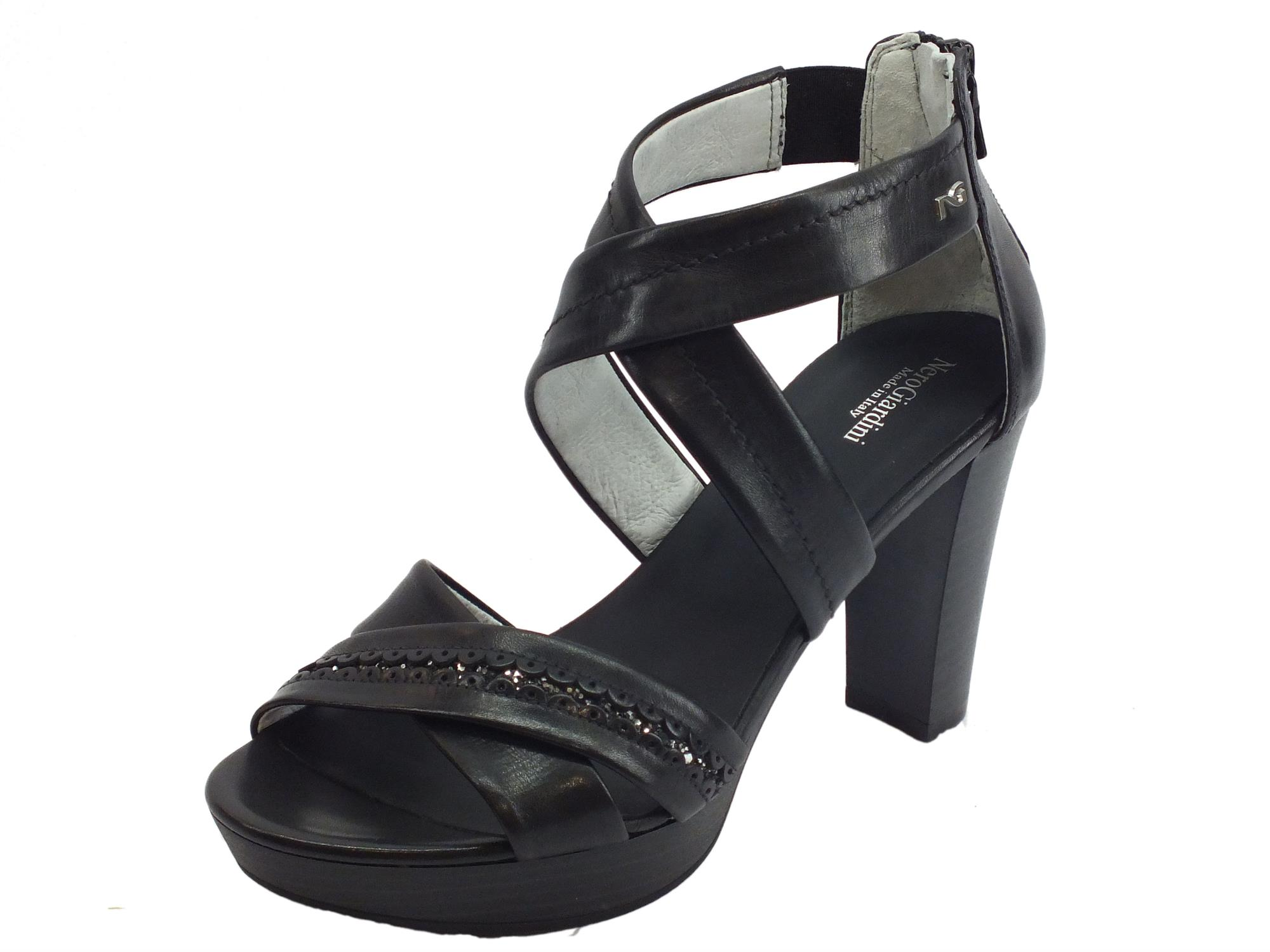 Sandali donna NeroGiardini pelle colore nero lampo - Vitiello Calzature a7e4e0a28fb