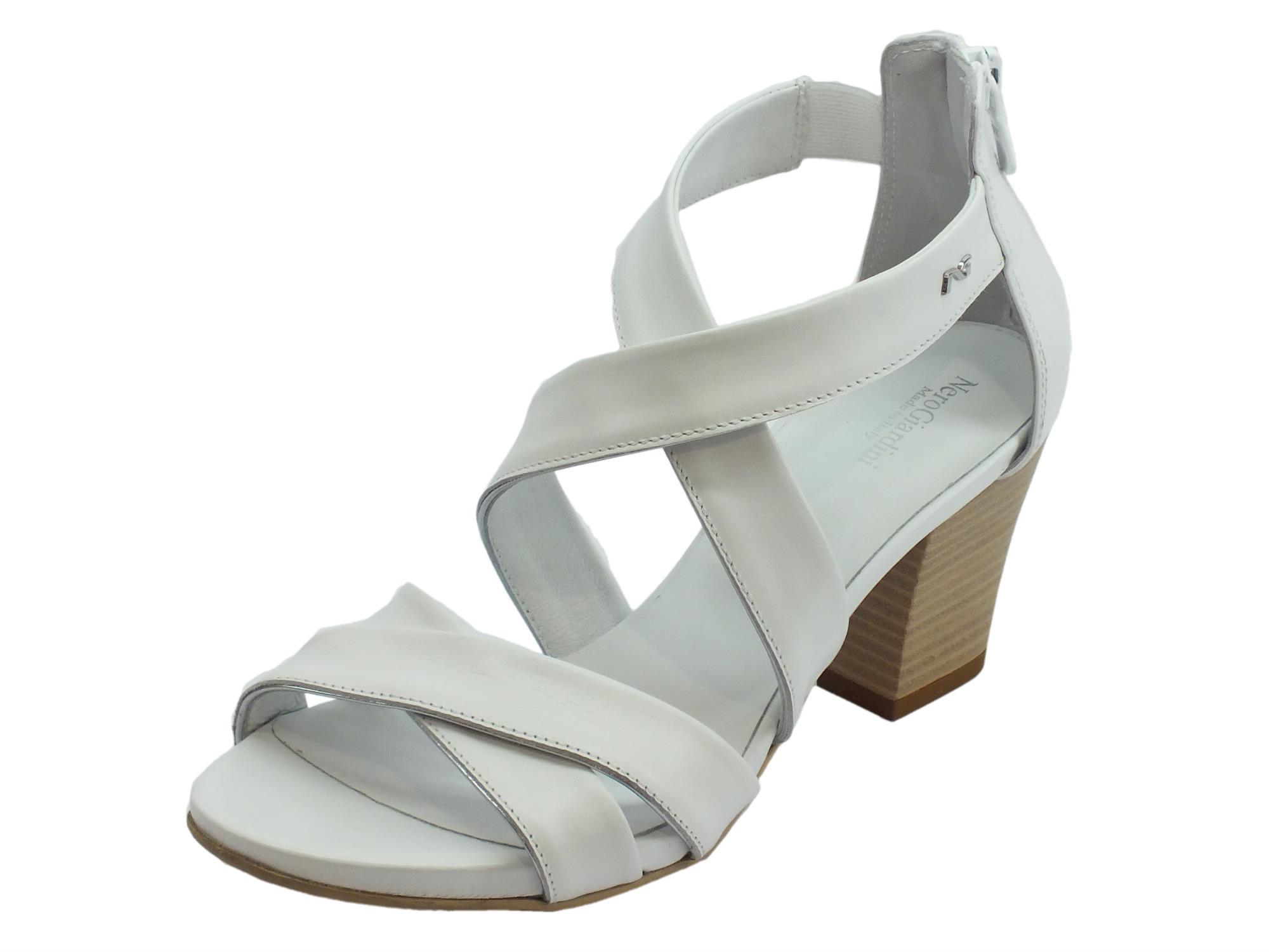 Sandali per donna NeroGiardini in pelle colore bianco lampo posteriore d2bd8d13bb9