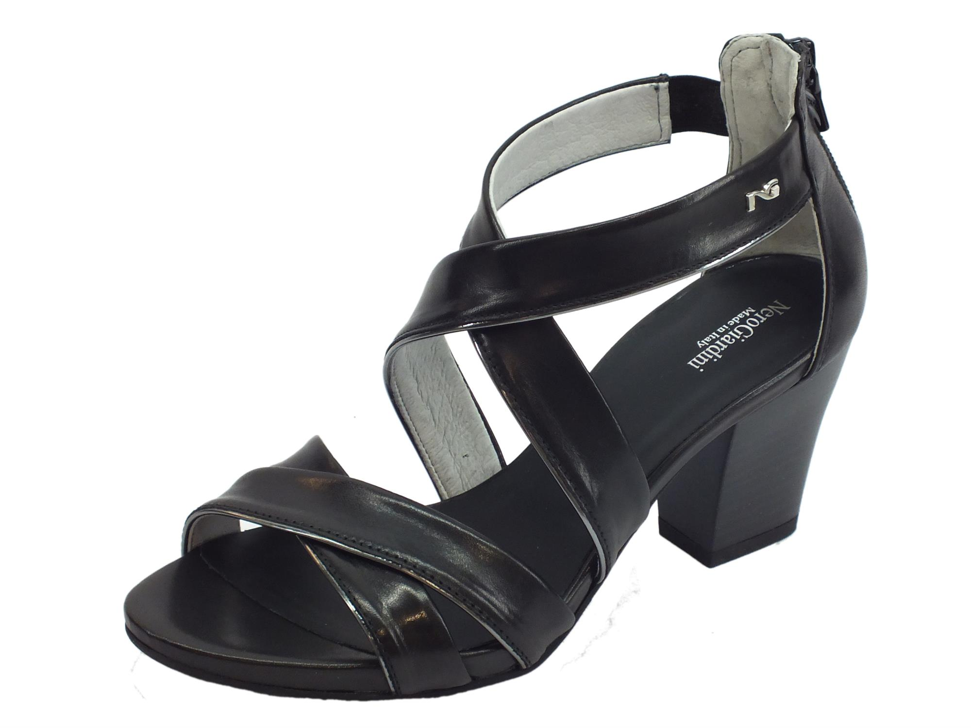Sandali per donna NeroGiardini in pelle nera lampo posteriore