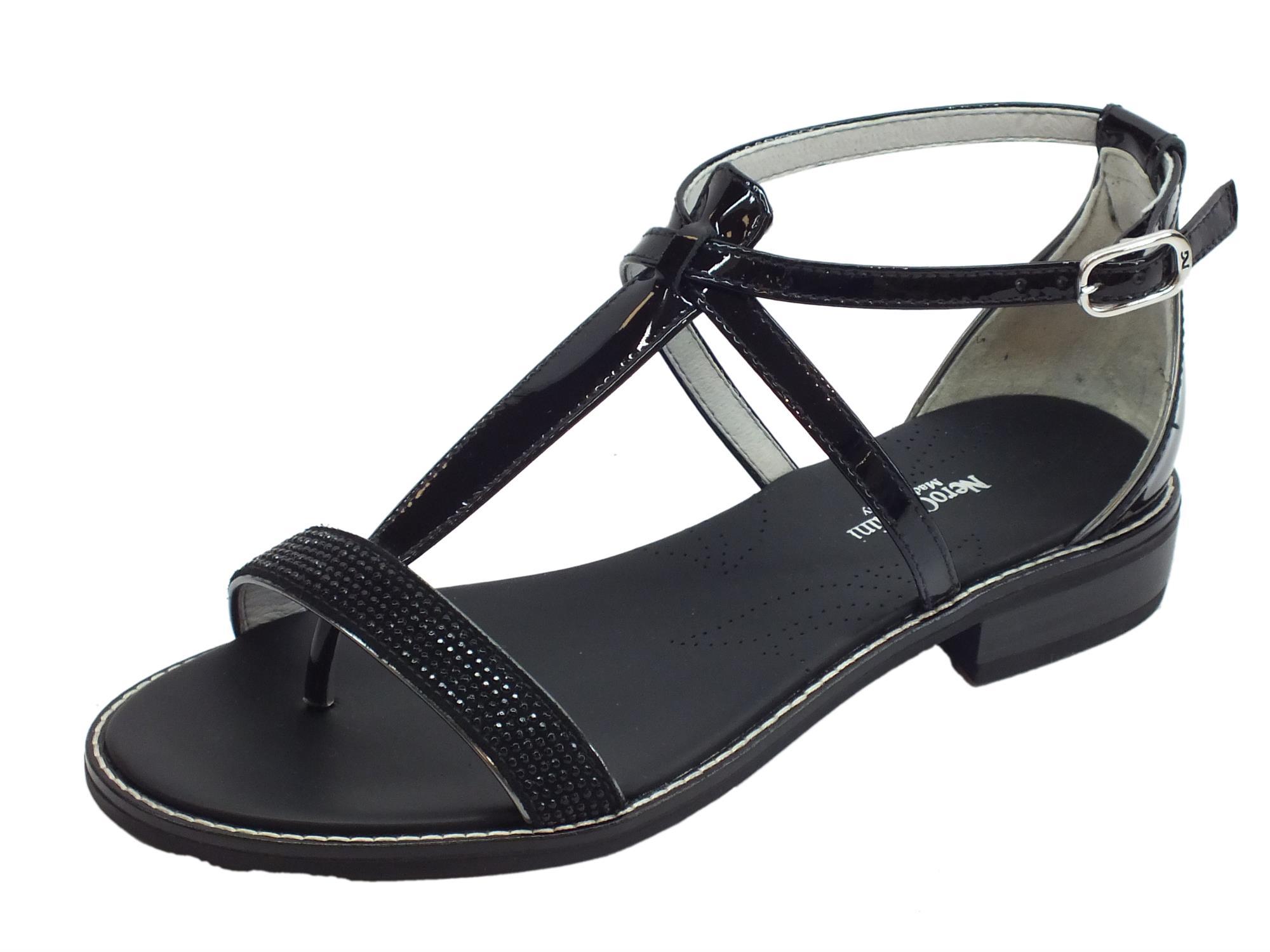 Sandali infra-alluce NeroGiardini per donna in nabuk e camoscio nero con  tacco basso 3557f58fa42