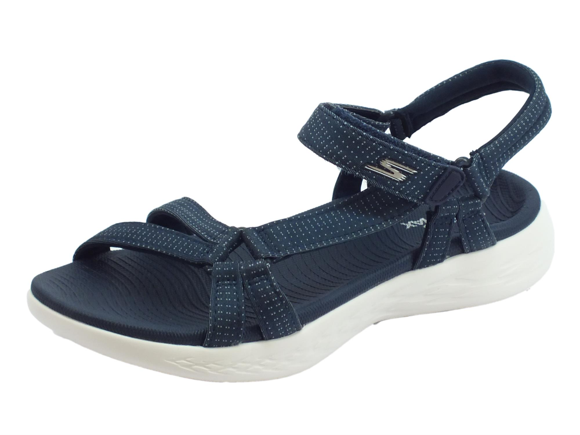 Sandali Brilliancy Skechers on the go per donna in tessuto navy zeppa bassa