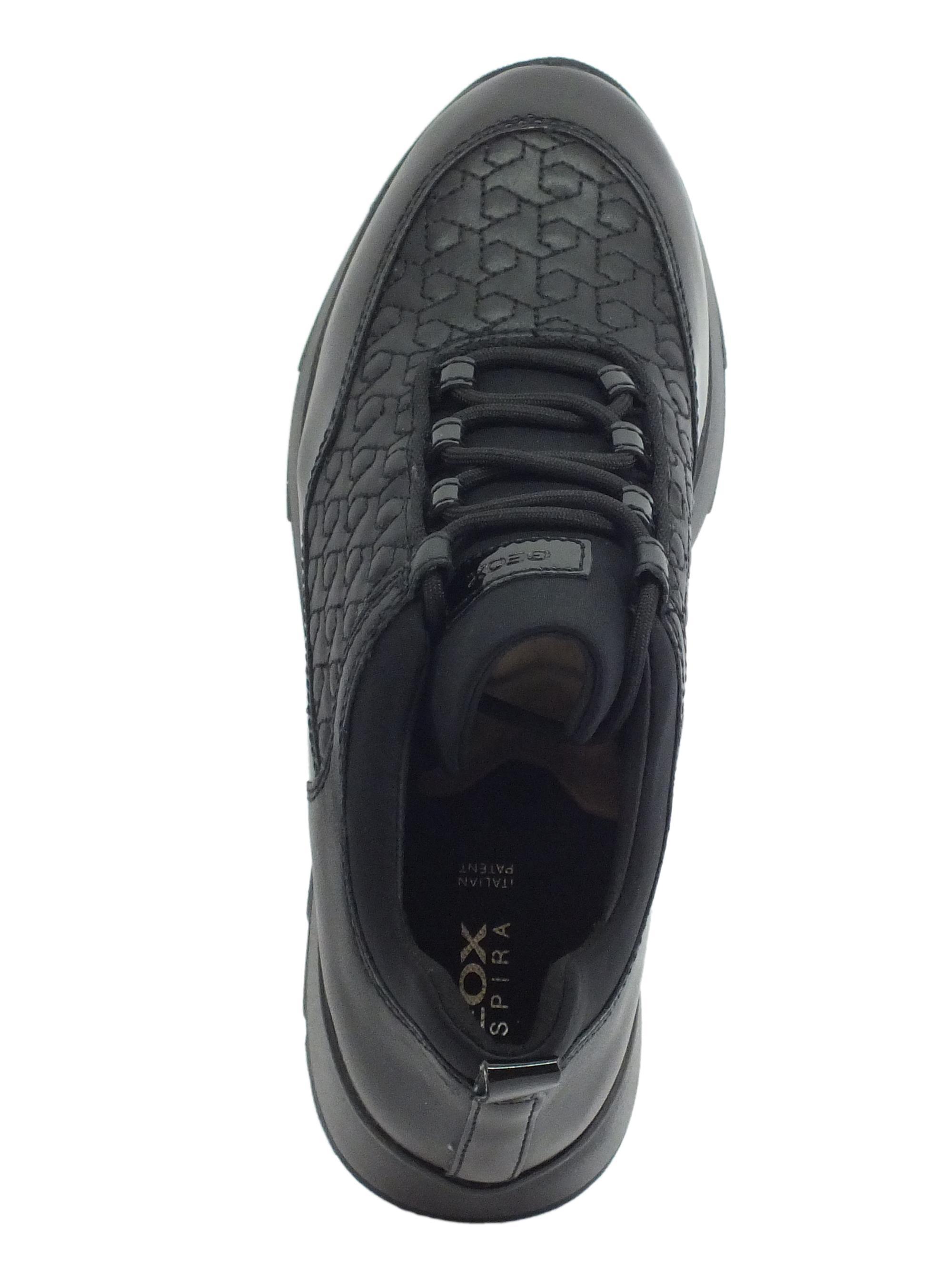 Sneakers Geox Gendry per donna in pelle e sintetico nero zeppa bassa