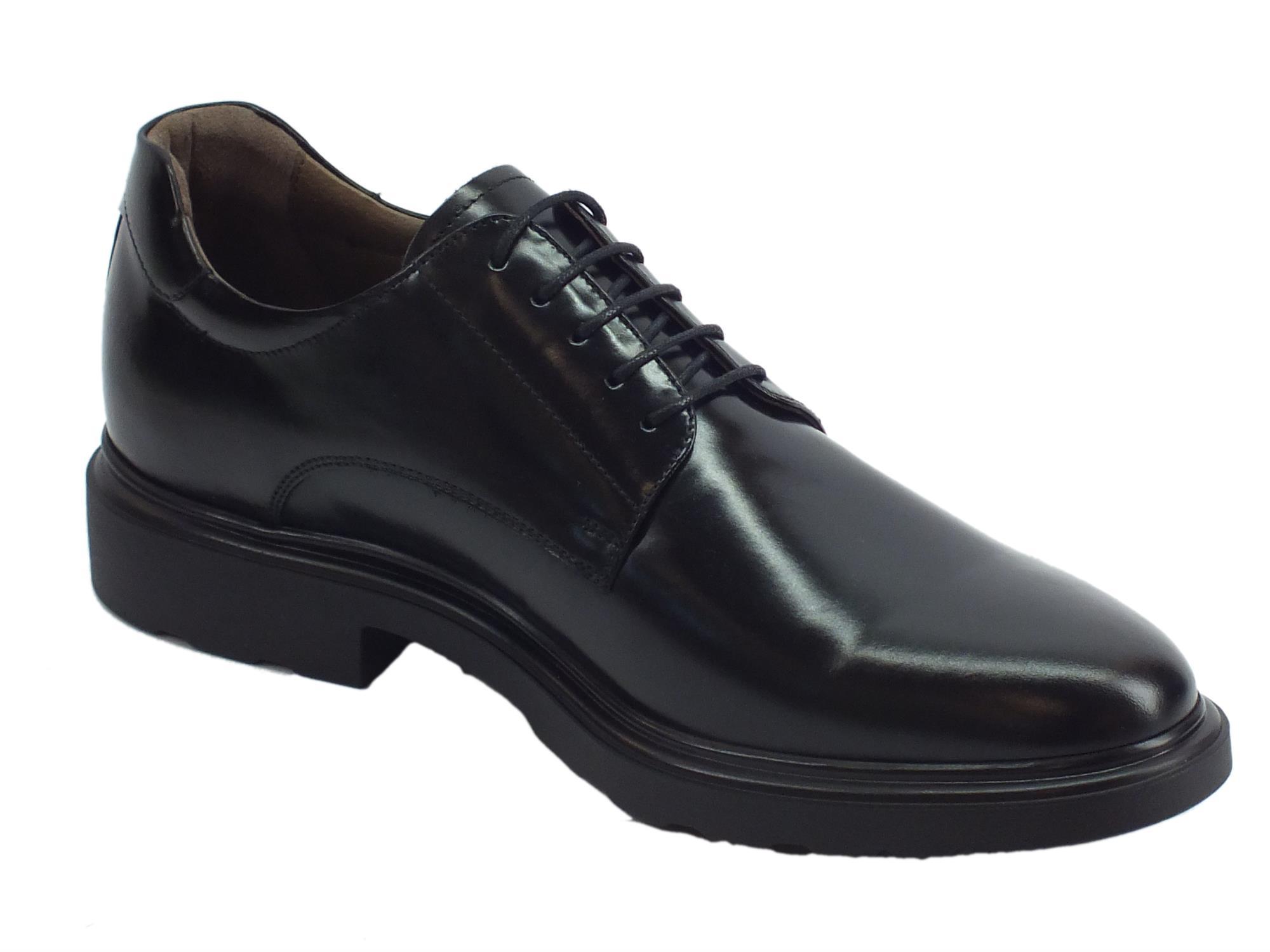 996870dfc3b3 ... Scarpe NeroGiardini per uomo in pelle abrasivata nero modello classico  ...