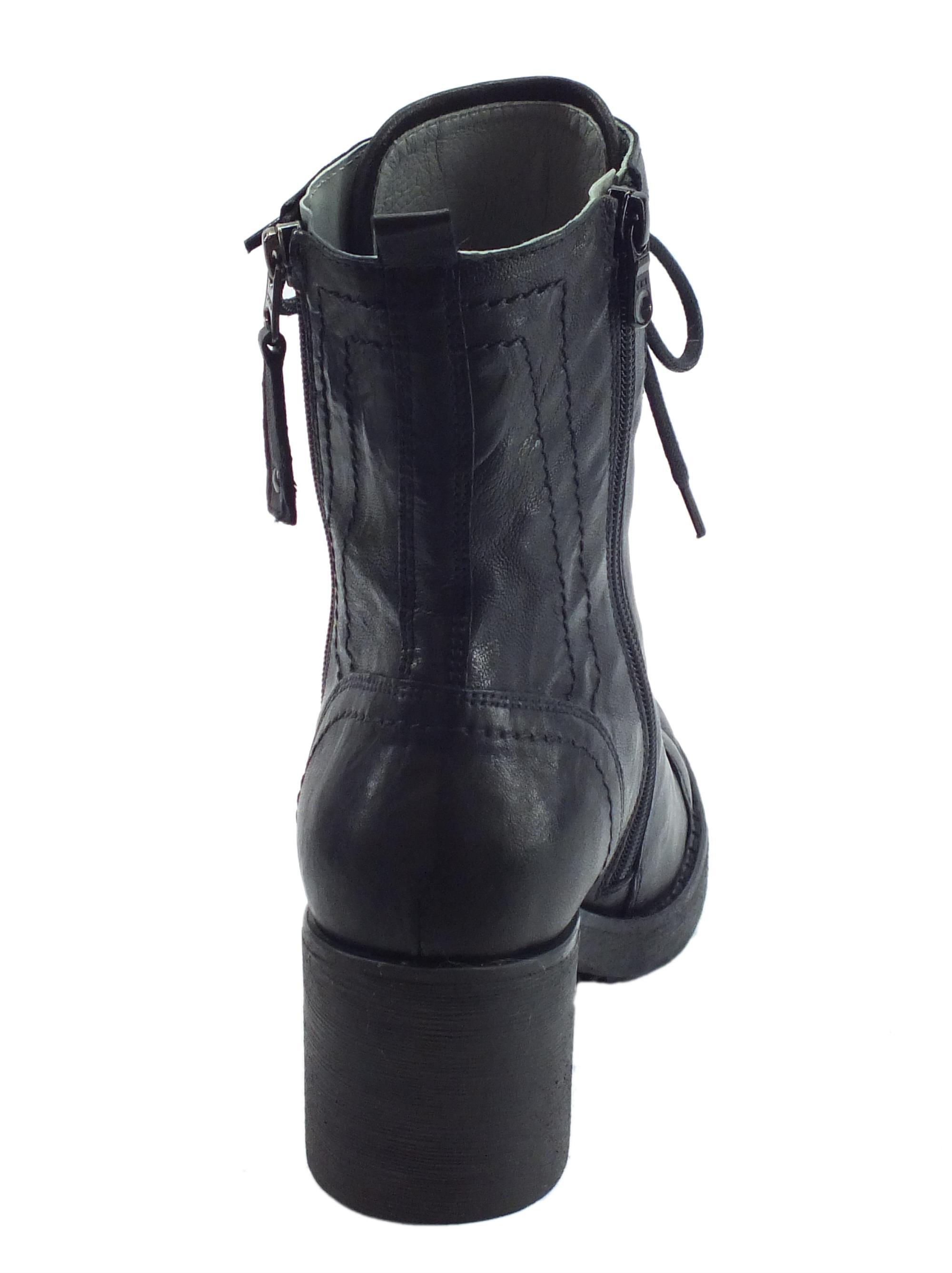 ... Anfibi Royal T. Dallas NeroGiardini per donna in pelle stracciata nera  con lampo e lacci 7400b654212
