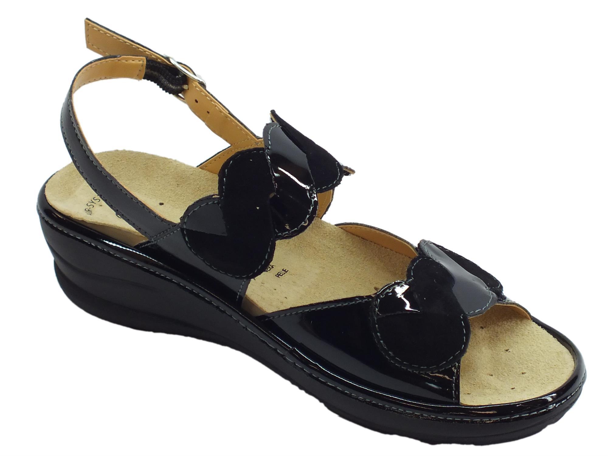 3061c2fc6ced8 ... Cinzia Soft sandali comodi in vernice e scamosciato nero fondo  antiscivolo ...