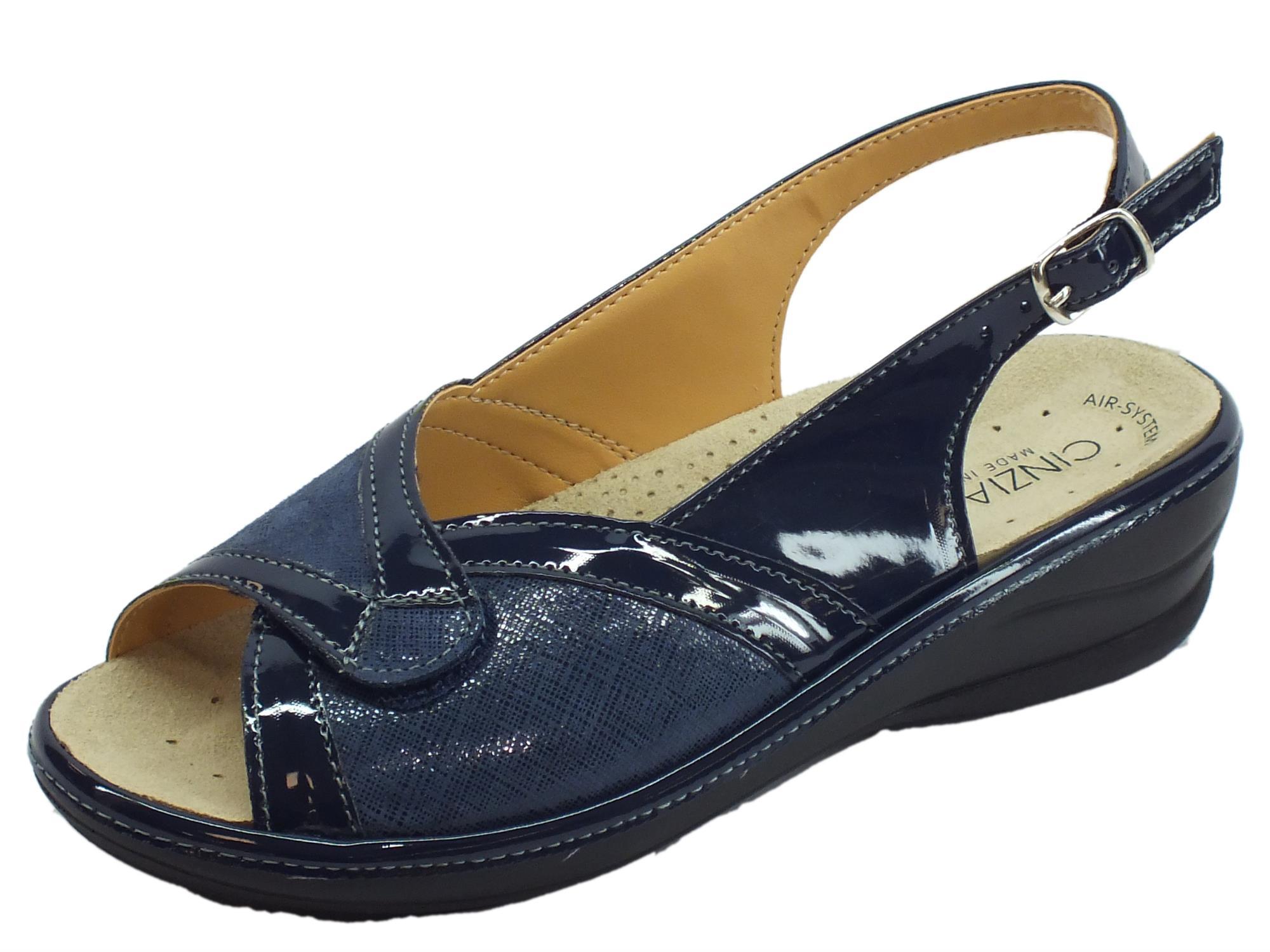 f24a9eed0388c Cinzia Soft sandali linea comoda vernice e tessuto elasticizzato blu fondo  antiscivolo