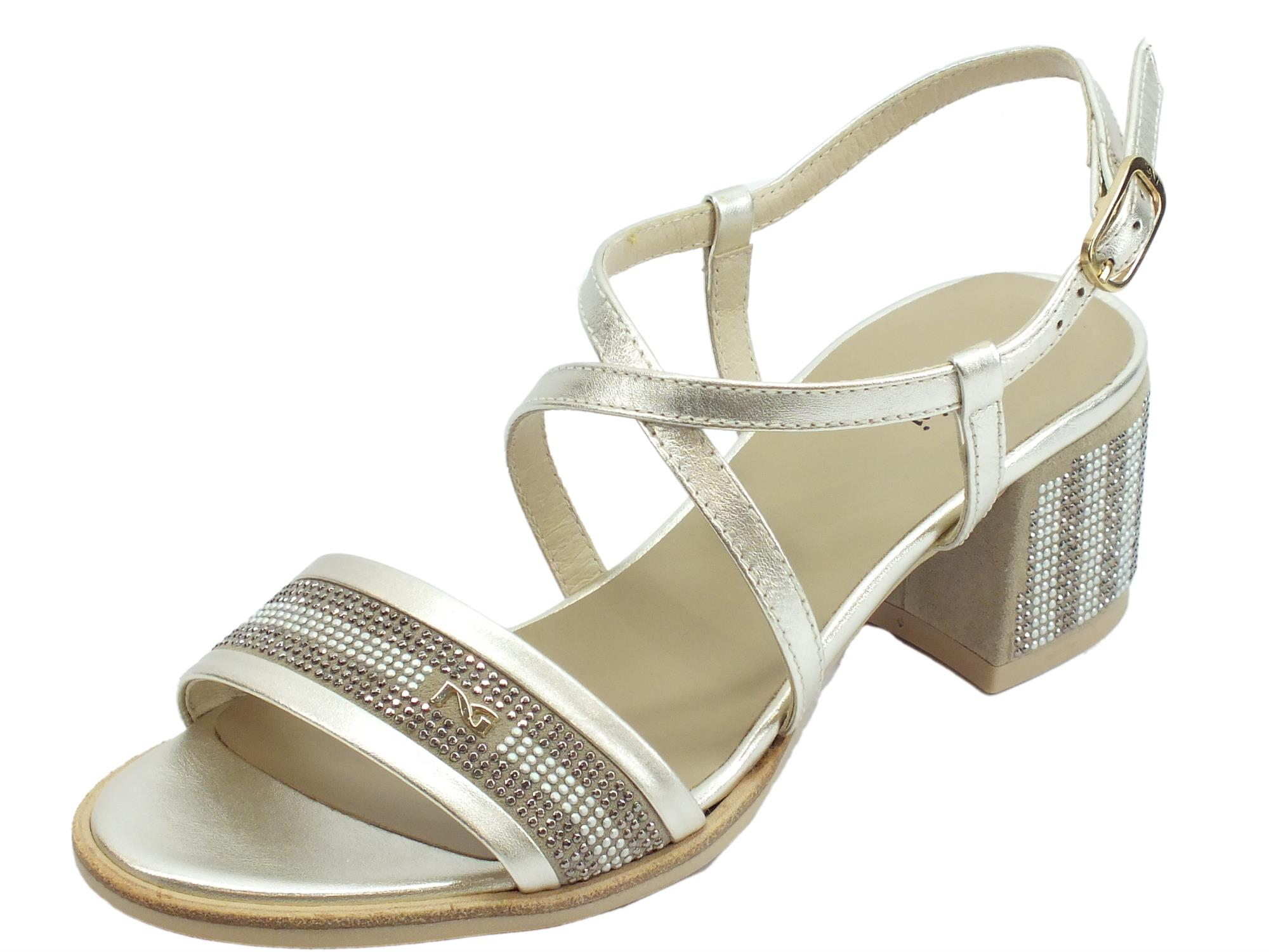 9c137168935e0 NeroGiardini P908253D Oxigen Platino Velour Ivory sandali donna tacco basso  in pelle