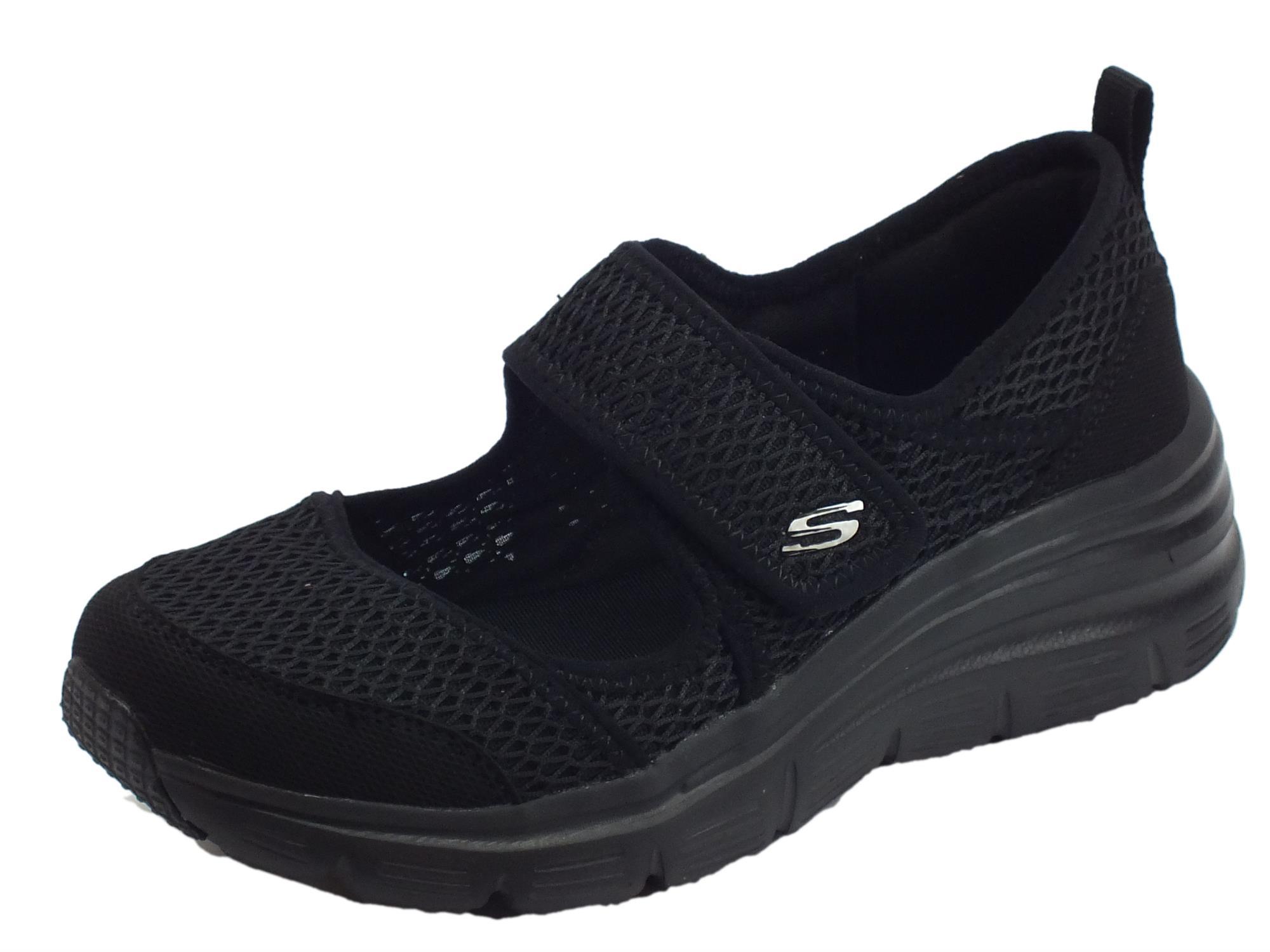 9e5a58403580b Skechers Fashion Fit Breezy Sky scarpe Sportive donna nere ...