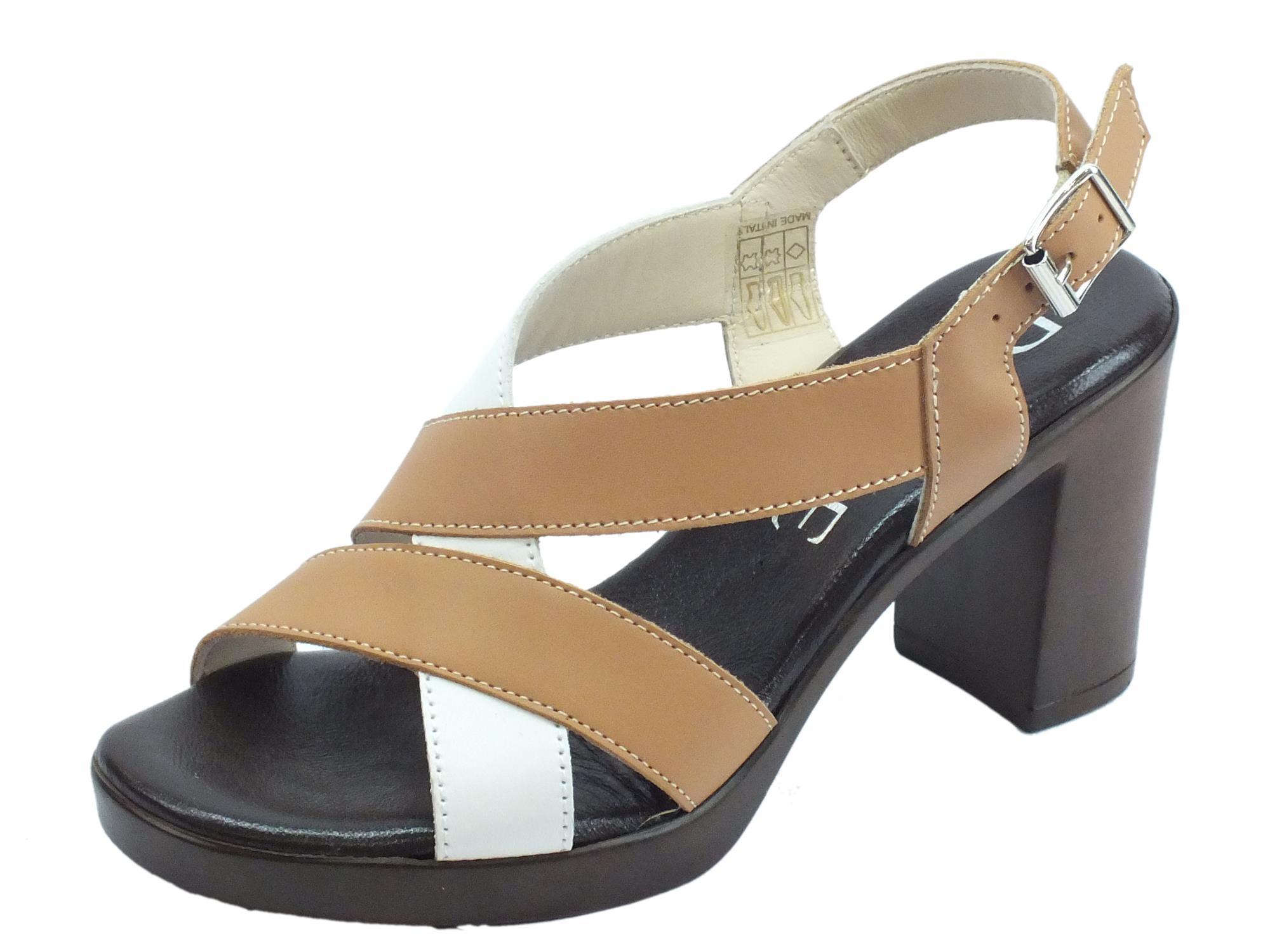 info for 92bed e3c16 Susimoda D.EFFE sandali per donna in vera pelle bianca e sasso tacco alto  effetto legno