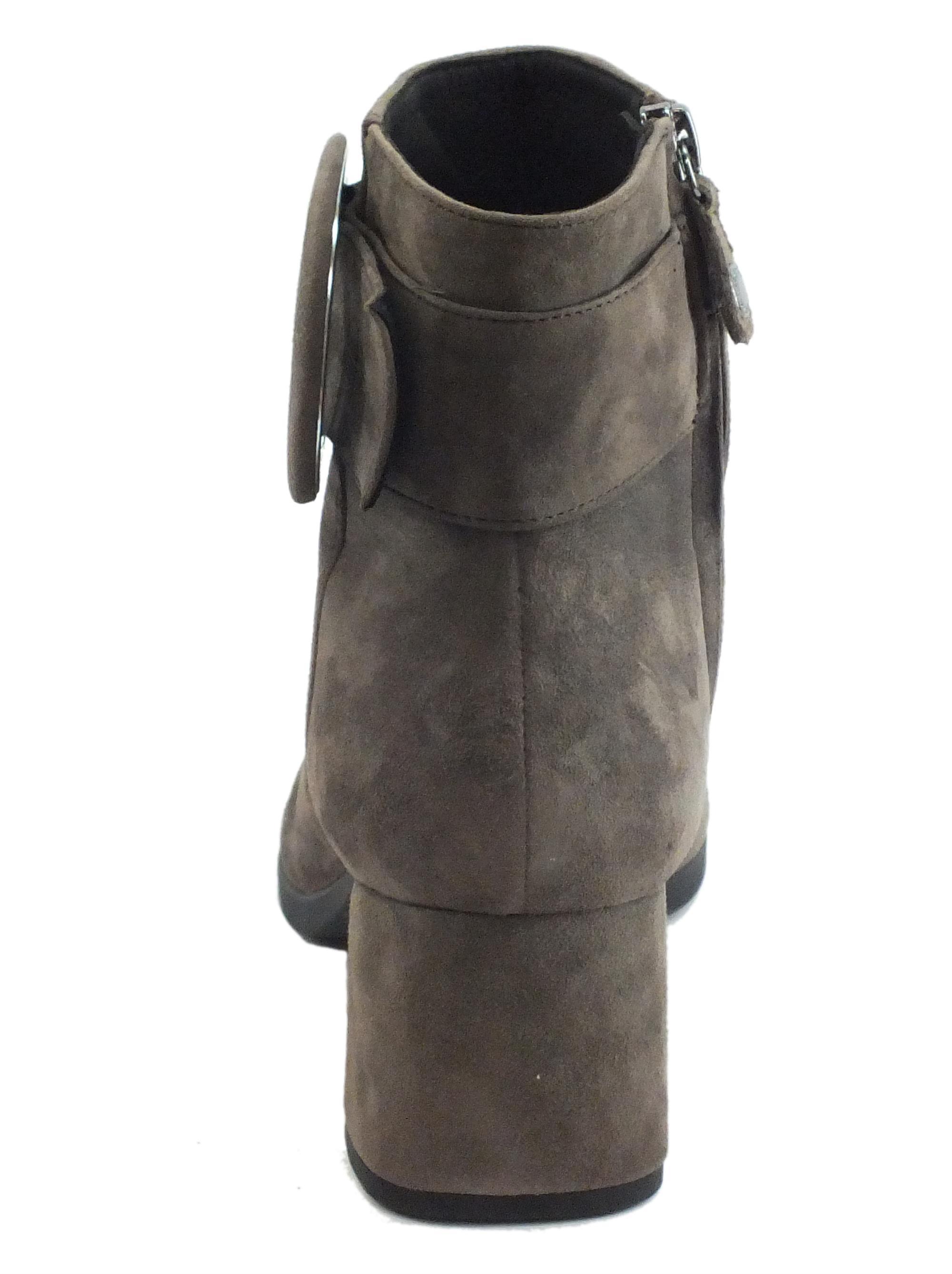 Geox D94EFA Calinda Chestnut Tronchetti eleganti Donna in camoscio con lampo e fibbiona