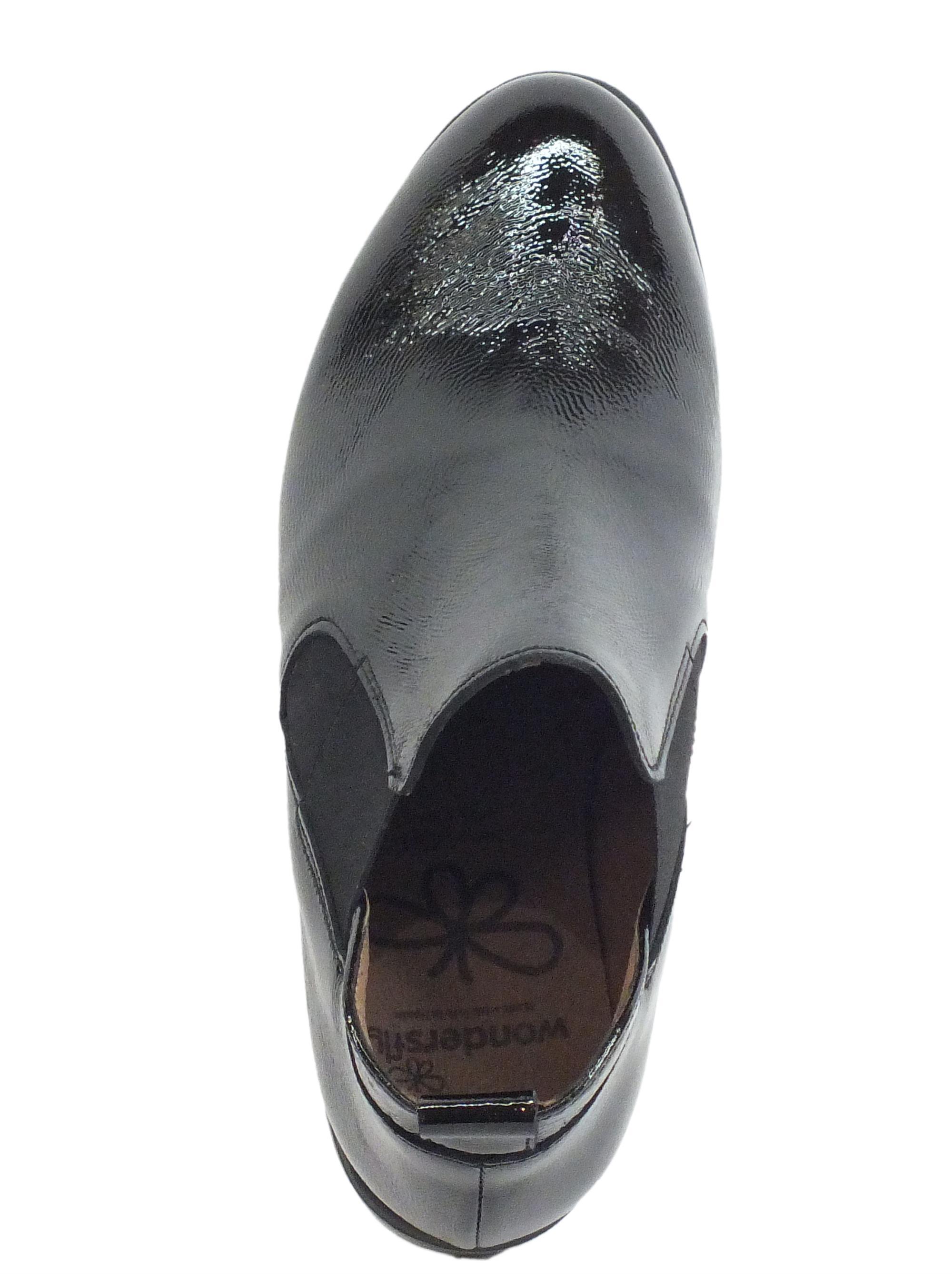 Wonders C 33176 Lack I Negro Mocassini Donna in pelle lucida nera con elastici