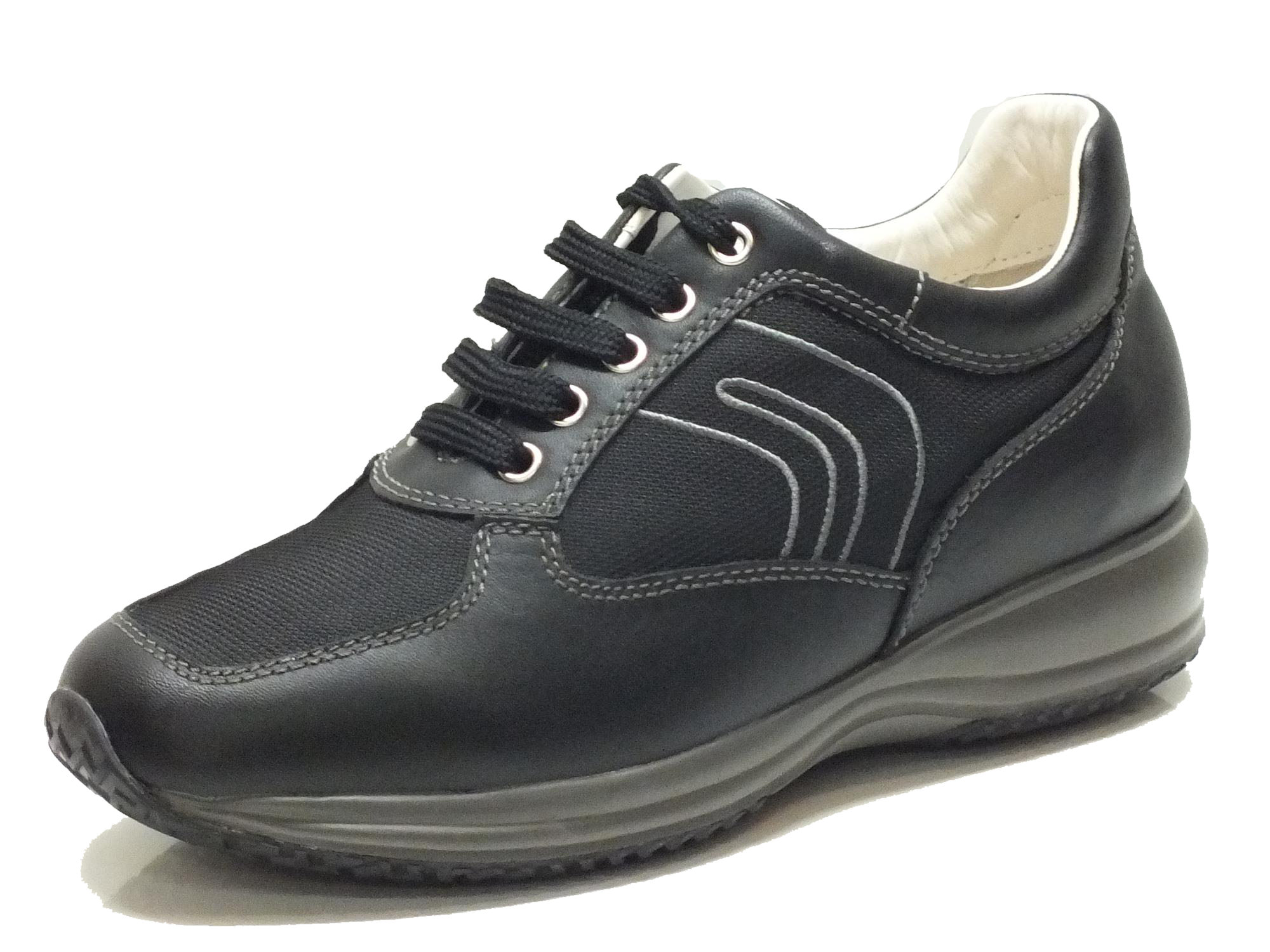 best website a880f cecab scarpe geox