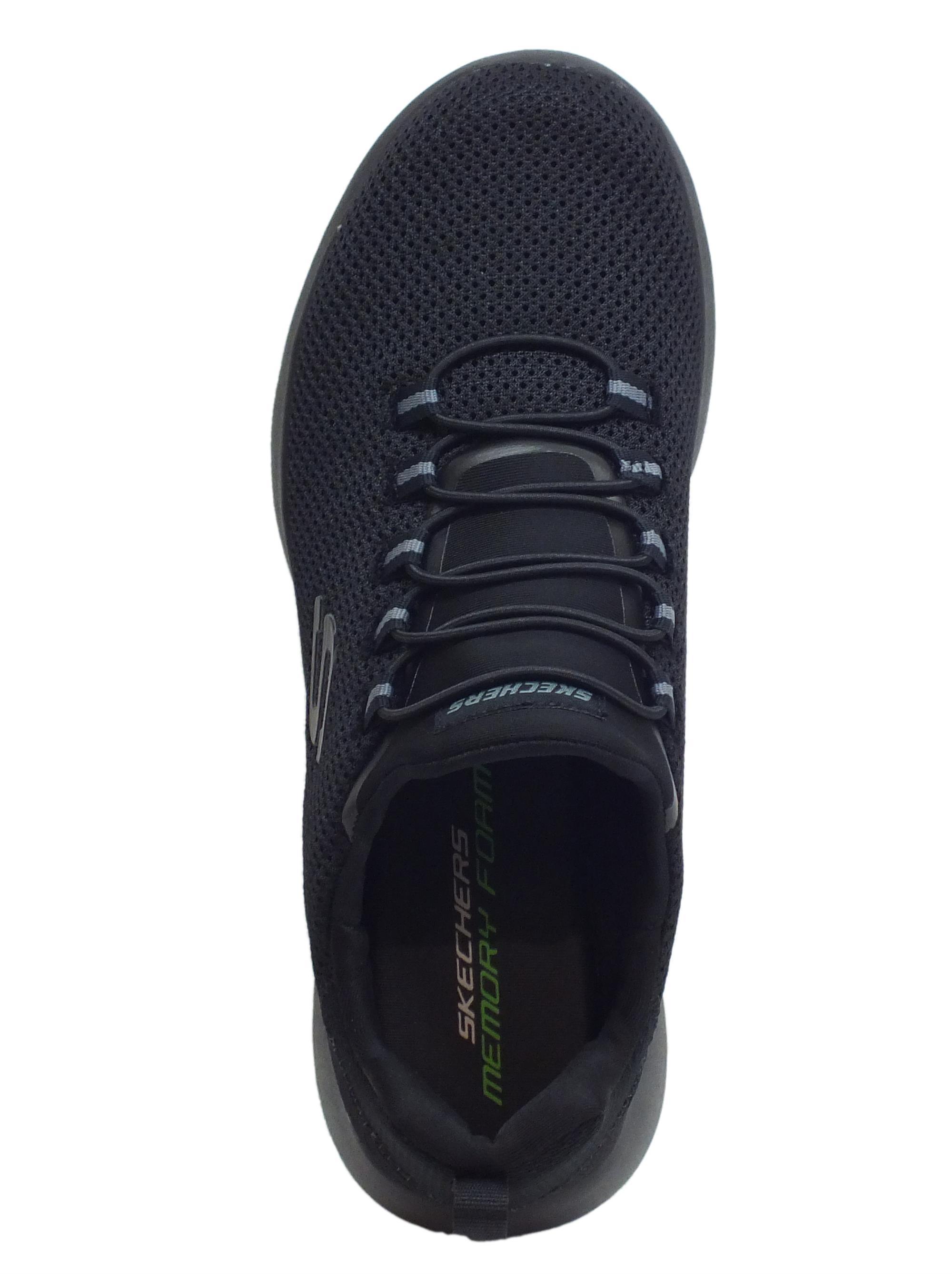 ... Scarpe Skechers Dynamight per uomo in tessuto nero con allaccio veloce 8dfef0b329a