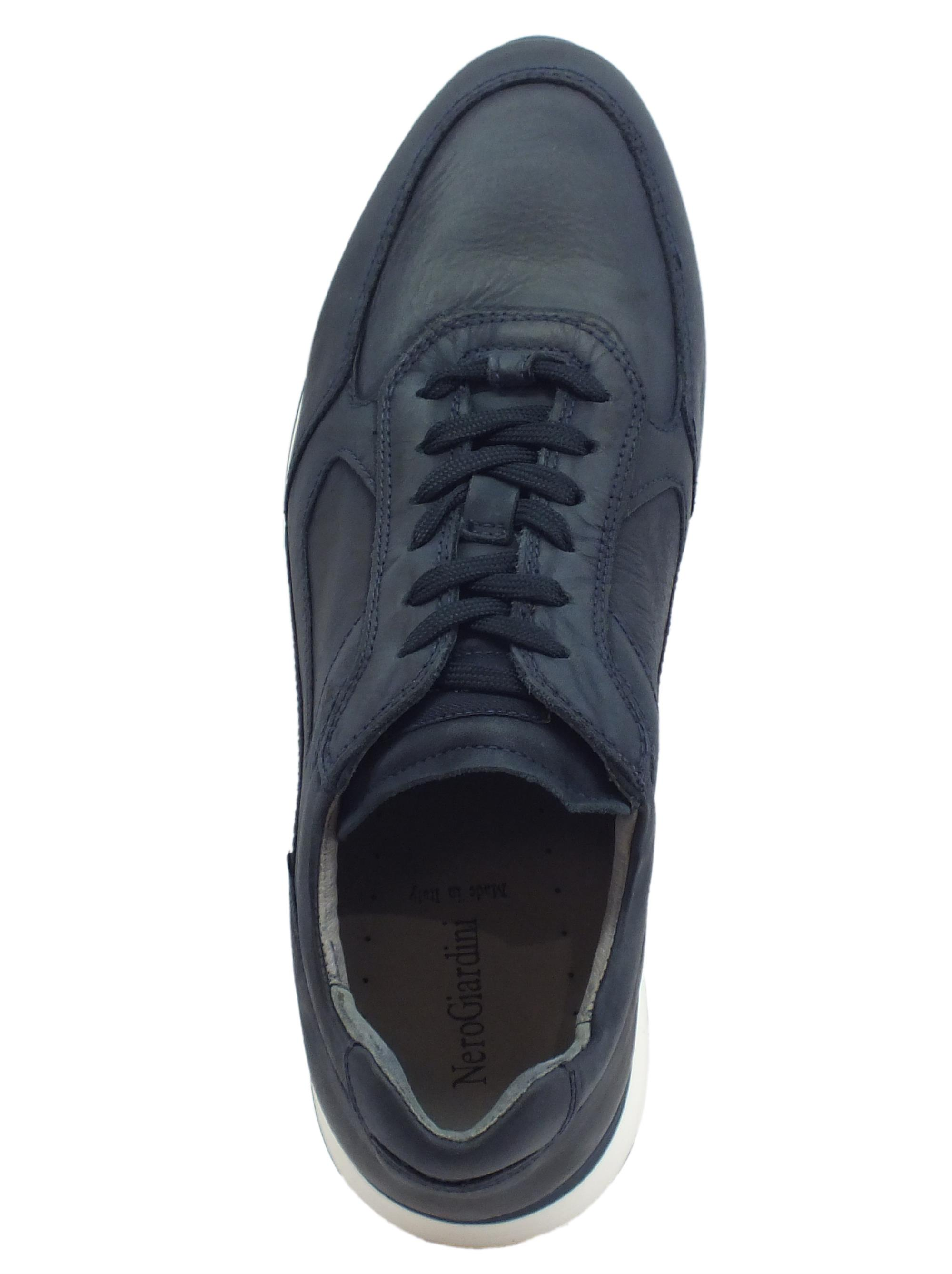 e3f2dd90f4b0 Nerogiardini scarpe uomo pelle morbidissima colore blu - Vitiello ...