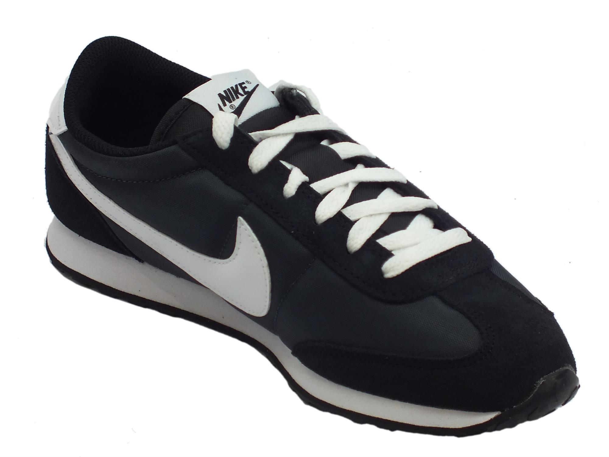 ... Scarpe sportive per uomo Nike mach runner camoscio e tessuto nero ... 9aa03cadcc5