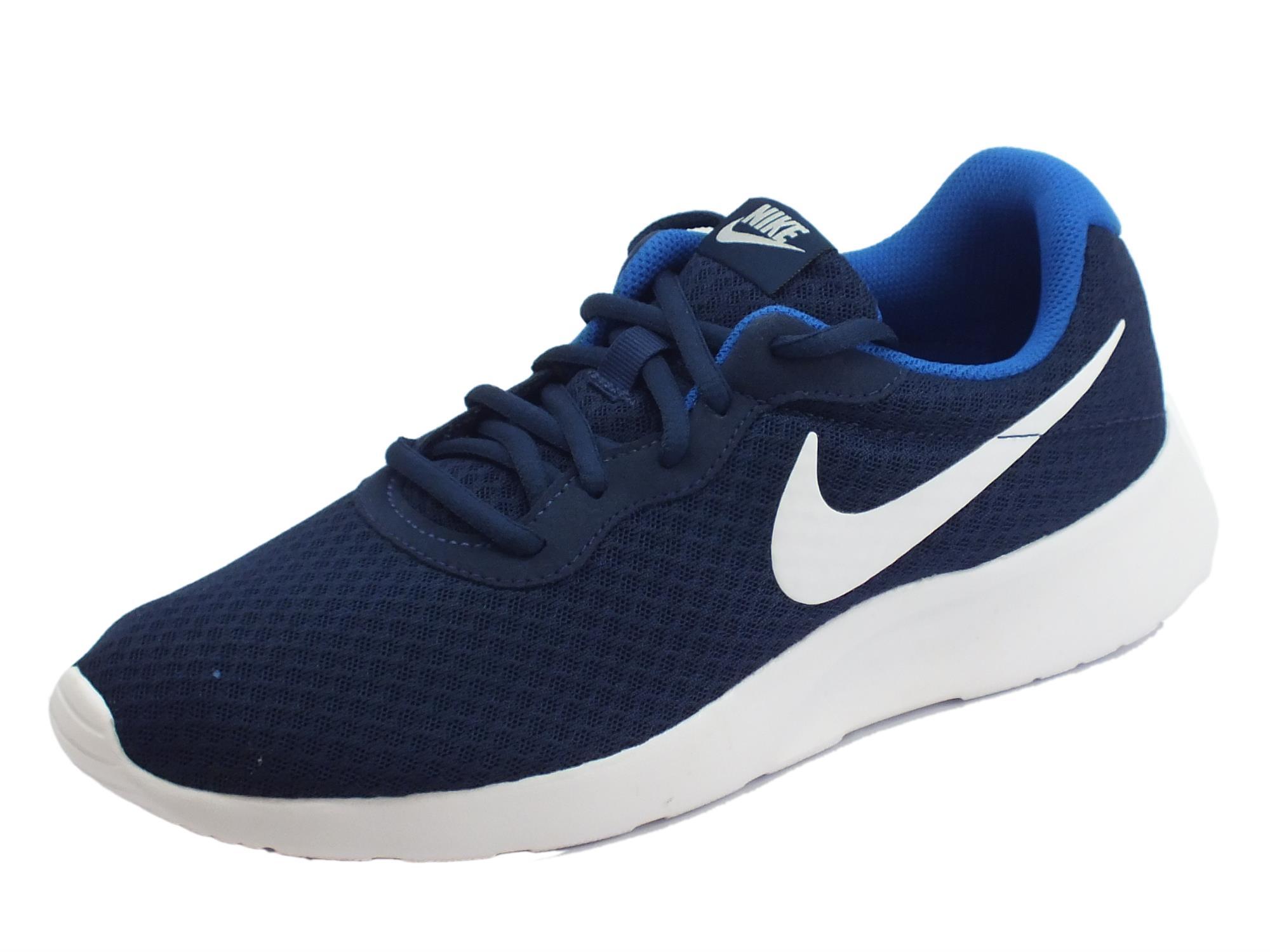 Scarpe sportive Nike Tanjun per uomo in tessuto blu scuro