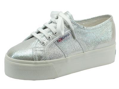 Articolo Scarpe sportive Superga per donna colore grigio argento con zeppa