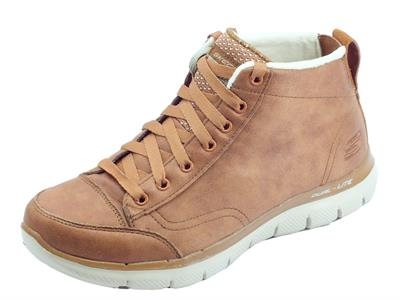 Articolo Scarponcini Skechers Warm Wishes per donna in ecopelle marrone fodera in pile