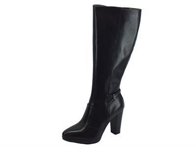 Articolo Stivali NeroGiardini per donna in pelle lucida nera tacco 9cm e plateau