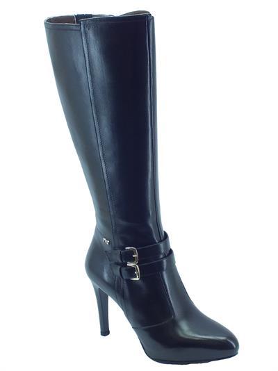 Stivali NeroGiardini per donna in pelle nera modello elegante