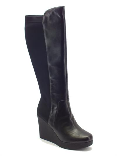 Articolo Stivali per donna CafèNoir in ecopelle nera con zeppa alta