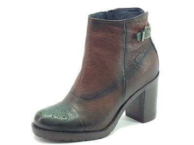 Articolo Sneakers per donna Igi&Co in pelle marrone spazzolata verde