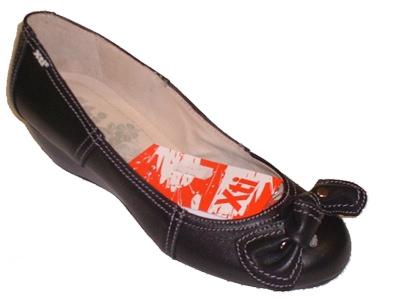 Scarpa da donna Xti modello ballerina nera con zeppa