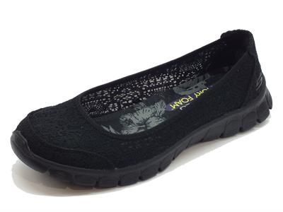 Articolo Ballerine Skechers per donna in tessuto effetto macramè nero
