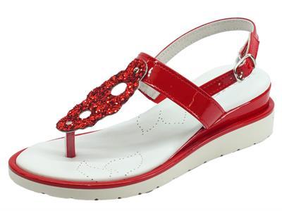 Articolo Melluso Walk Infradito per donna in vernice rossa e pelle bianca zeppa media