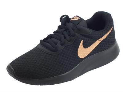 Articolo Nike Wmns Tanjun scarpe sportive stringate per donna in tessuto nero e bronzo