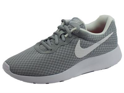 Articolo Scarpe sportive Wmns Nike Tanjun per donna in tessuto tecnico grigio e bianco
