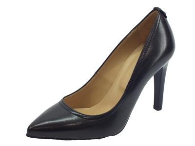 Decoltè elegante NeroGiardini per donna in pelle nera con tacco a spillo 10cm