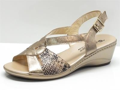 Sandali Confort in pelle colore laminato platino effetto pitonato con zeppa 5cm