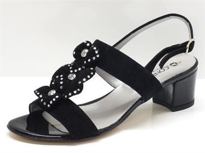 Articolo Sandali per donna Confort in camoscio colore nero con fodera in pelle argento