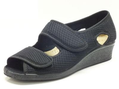 Scarpe Cinzia Soft indicate per esigenze di calzata comoda