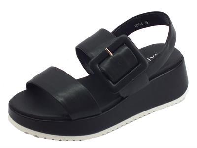 Articolo CafèNOIR sandali donna in pelle nera con fibbiona zeppa alta