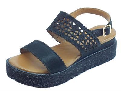 Articolo Melluso Walk sandali  per donna in pelle laserata nera con zeppa brillantinata